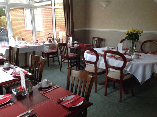 Kenmore Guest House: Breakfast Room