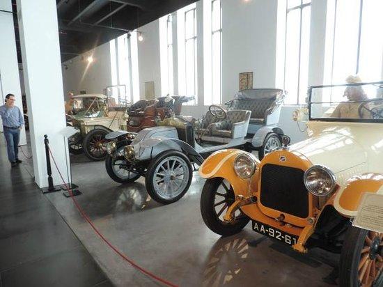Museo Automovilistico y de la Moda: Immaculate display