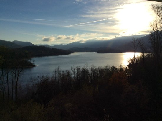 sunrise picture of lake chatuge lodge hiawassee. Black Bedroom Furniture Sets. Home Design Ideas
