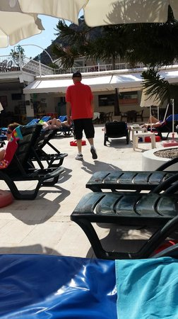 Karbel Hotel: Pool area