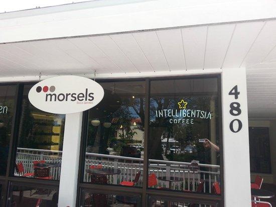 Morsels Boca Grande: Front door and signage.