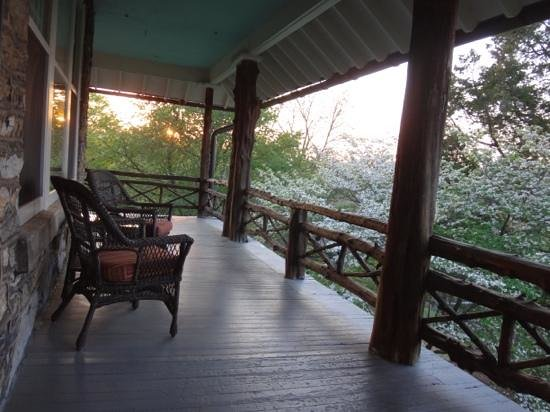 Laurel Lodge: The relaxing back porch