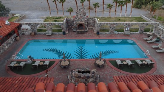The Oasis at Death Valley : Great Pool