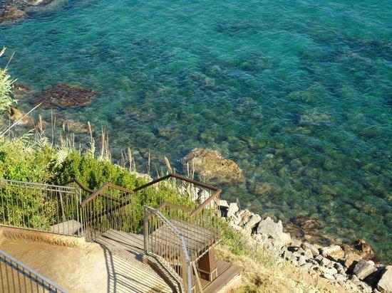 Invisa Hotel Club Cala Verde : Vista desde la pileta hacia la playa...
