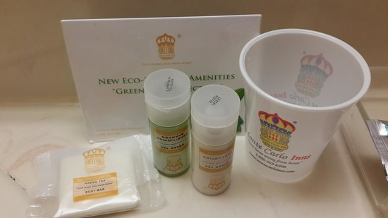 Monte Carlo Inns Markham: soap and shampoo