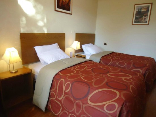 Casa de Avila - For Travellers : Twin Room