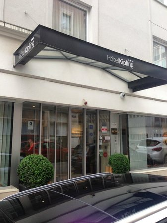 Hotel Kipling - Manotel Geneva: Outside hotel