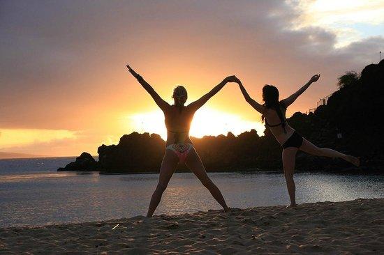 Sheraton Maui Resort & Spa : cousins closing around @ sunset!
