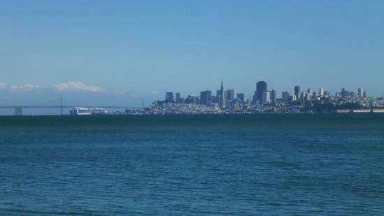 Scoma's Of Sausalito: Spectacular views of downtown