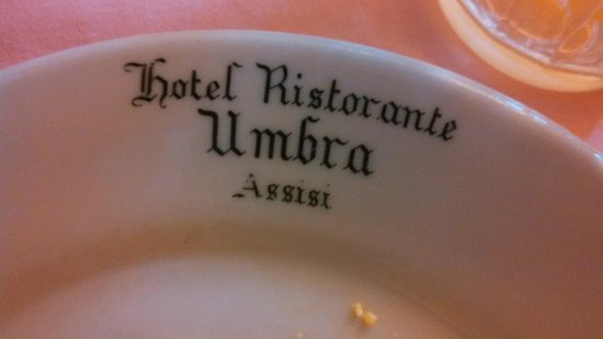 Hotel Umbra: Dishes! Love the name on each dish...