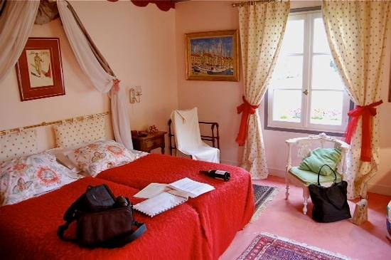 Le Petit Manoir des Bruyeres : Le Petite Manoir Des Bruyeres Cottage Room