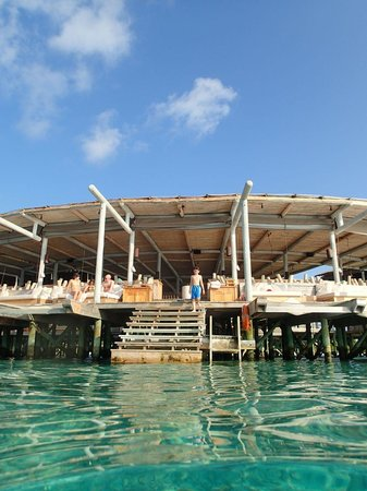 Six Senses Laamu : View of Chill Bar from the sea