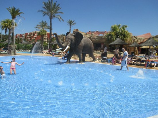 Holiday Village: Water Park
