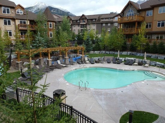 Stoneridge Mountain Resort by CLIQUE: View of the courtyard from the deck.