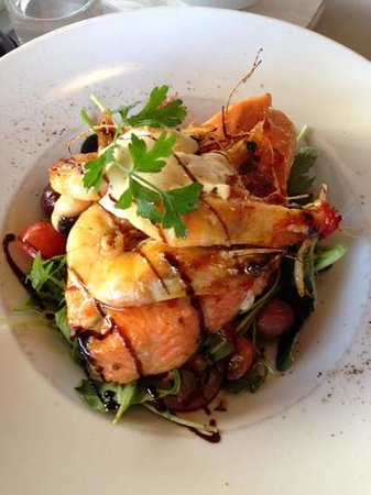 Lakeland House Restaurant: salmon and prawn main
