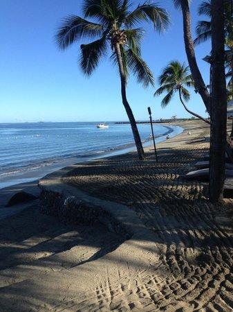 Sheraton Denarau Villas: Not the flashest beach, but nice enough