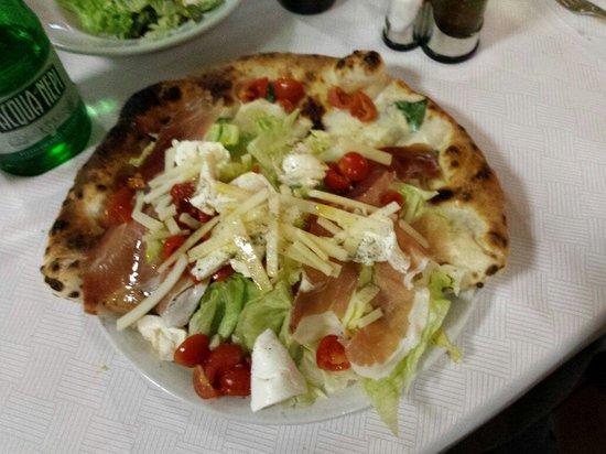 Il Limoncello: Pizza Totò e Peppino.