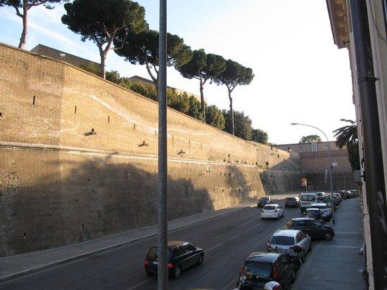 Hotel Alimandi Vaticano: camera con vista 1