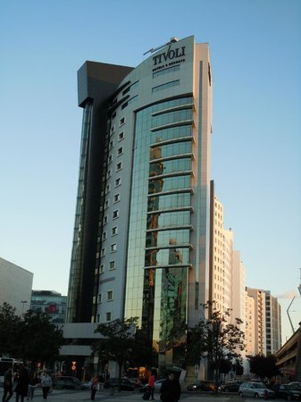 Tivoli Oriente Hotel: Fachada principal