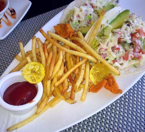Chart House: cajun mahi fish tacos