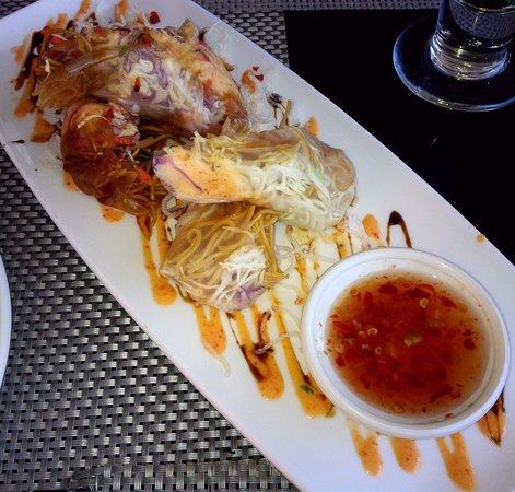 Chart House: lobster & shrimp cold rolls