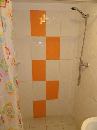 Hotel Sol de Belén: La ducha