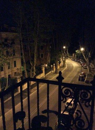 IL BOOM - il bed 'n breakfast : View down Via Dandalo