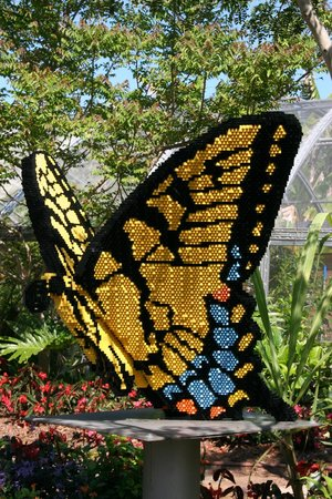 Naples Botanical Garden : Tiger swallowtail Butterfly made with 37,481 bricks
