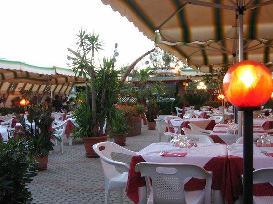 Ristorante bagno primavera marina di pisa restaurant reviews phone number photos tripadvisor - Bagno mistral marina di pisa ...