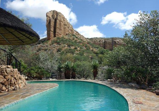 Vingerklip Lodge: The swimming pool