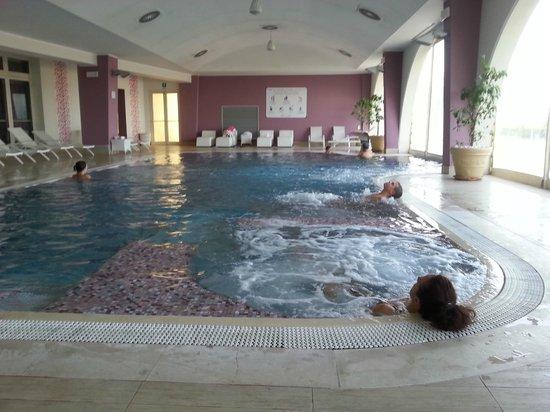 Hotel Touring: Verwarmd relax zwembad