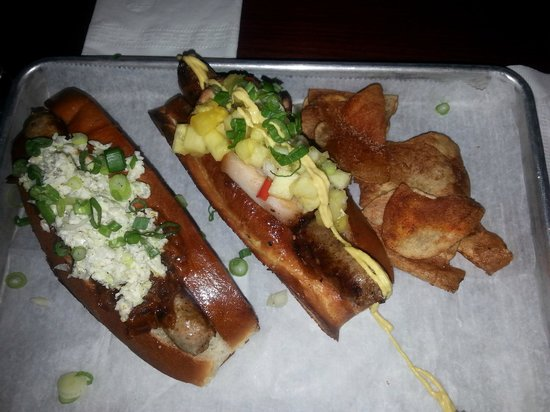 Destination Dogs: Kansas City Beefs & Poi Boy