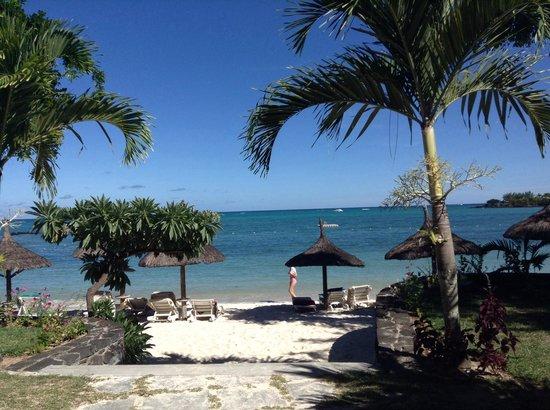 Merville Beach Hotel: La plage de l'hôtel , la Playa de el otel, the beach of hotel