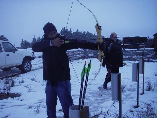 Hanmer Springs Adventure Centre: Archery in the snow!
