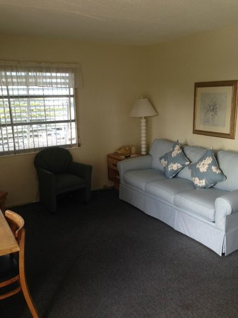 Matanzas Inn: Villa living area