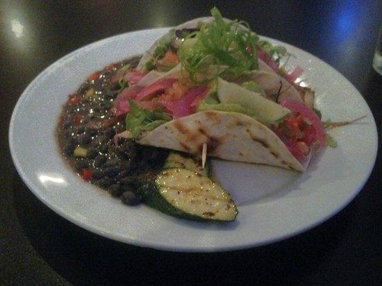 Pescados Seafood : Fish Tacos
