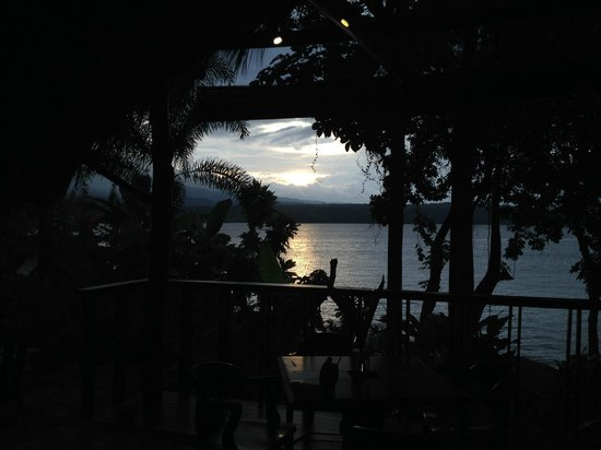 Jicaro Island Ecolodge Granada: Sunset