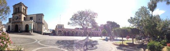 Hotel Fuerte Real: Panorámica del centro de Ciudad Guzmán