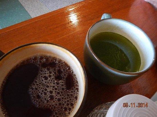 Pho 75 Vietnamese Restaurant: jasmine and green teas