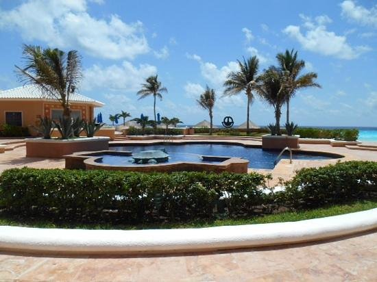 Ritz-Carlton Cancun: one of the hotel pools