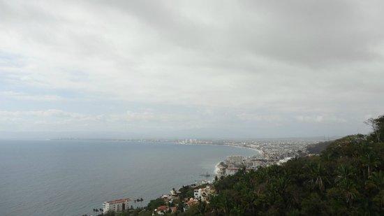Grand Miramar All Luxury Suites & Residences: Bahía de Banderas y Malecón