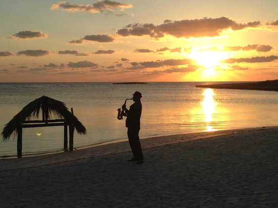 Melia Buenavista: clarinet and champagne at sunset each night