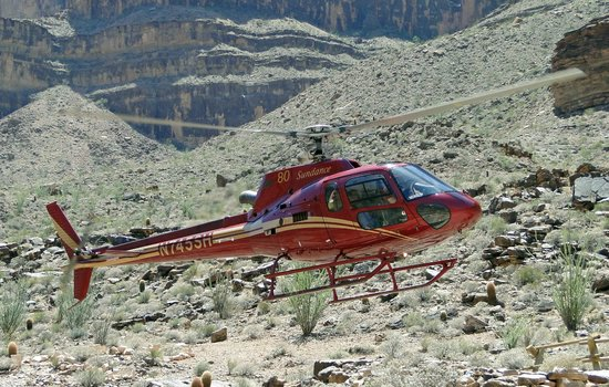 Westwind Air Service : Helicopter used to/from boat on Colorado