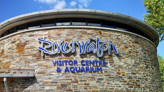 Riverwatch Aquarium and Visitor Centre: Main building sign.
