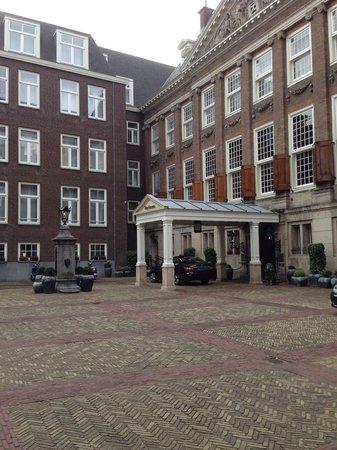 Sofitel Legend The Grand Amsterdam : The front entrance