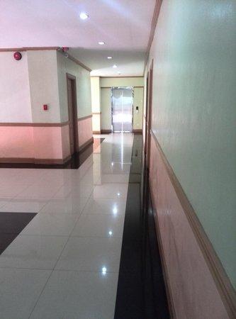 Hotel Henrico - Legarda: Corridor