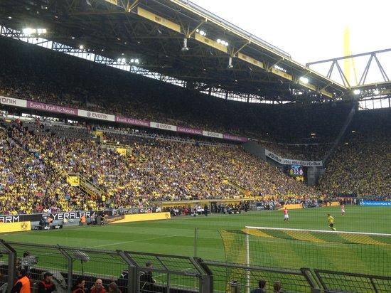 Dortmund Stadion Kapazität