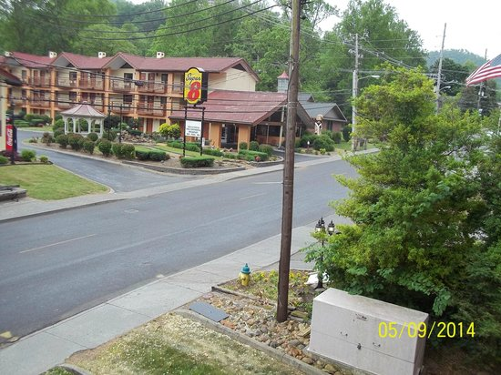 Holiday Inn Club Vacations Smoky Mountain Resort: View From Room