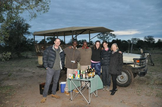 Honeyguide Khoka Moya & Mantobeni Camps: Sundowners!