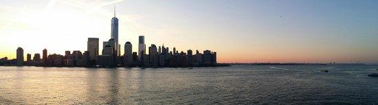 Hyatt Regency Jersey City: Day view